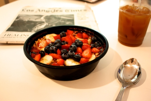 Liquid Juice Bar Açai Bowl + Iced Coffee